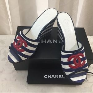 🆕 Chanel CC Stripped Wedges, in Box